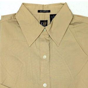 GAP stretch tan button up long sleeve shirt. Sz M.